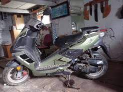 Продам скутер Рейсер 50 куб. См в хорошем состоянии.