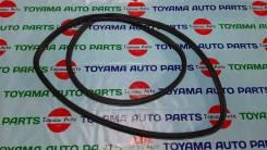 Уплотнитель двери багажника Toyota Harrier GSU36 2008. г