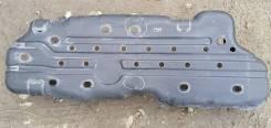 Защита топливного бака /дефект/ на Toyota Land Cruiser Prado 120
