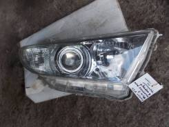 Фара правая Тойота Хайлендр 2 / toyota highlander II 8113048A30