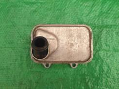 Радиатор масляный 06L117021E Шкода Октавия А7, VW