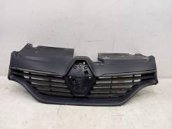 Решетка радиатора Renault Logan 2 2014-2018 [623107605R]