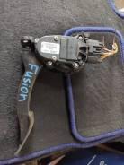 Педаль акселератора (газа) Ford Fusion 02-12 1530737 / 1530093
