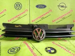 Решетка радиатора Volkswagen Golf 4 (98-04г)