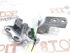 Петли передней левой двери Toyota Prius ZVW30 2009-2011 3 Поколение [6872012151]