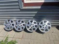 Комплект оригинальных литых дисков Toyota