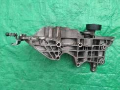 Кронштейн генератора 03L903143Q Шкода, VW, Ауди