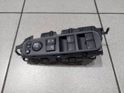 Блок управления стеклами Honda Vezel RU1, передний правый