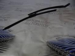 Поводок стеклоочистителя передний правый VAZ Lada 2110