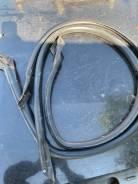 Продам уплотнитель проема двери на Nissan Laurel33