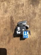 Кнопка стеклоподъемника Toyota Carina ST215