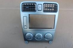 Консоль магнитофона Subaru Forester SG