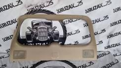 Обшивка двери багажника Lexus LX570 2007-2015