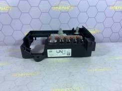 Блок предохранителей Opel Astra [13368497] J