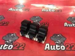 Кнопка стеклоподъемника Toyota Camry ACV30