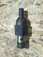 Датчик давления масла гур Toyota 89438-33010