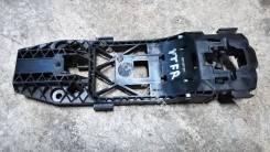 Кронштейн ручки двери передней правой Skoda Yeti (5L)