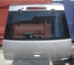 Дверь багажника Nissan CUBE