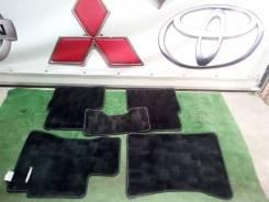 Продам комплект родных ковров в салон