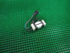 Резистор вентилятора охлаждения Toyota WiLL VS ZZE127
