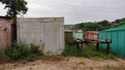 Продам металлический гараж в п. Ливадия