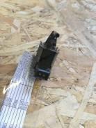 Клапан электромагнитный Mitsubishi Carisma 1999-2004 [MR127519]