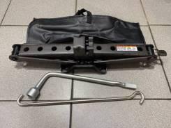 Набор инструмента Toyota Harrier 2015 [0911028210] AVU65-0028375 2AR-FXE, задний