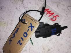 Датчик включения стопсигнала Ford S-MAX I (2006–2010) [3M5T13480AC]